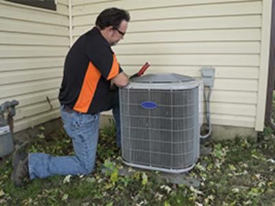 Air-conditioning-unit-repairman